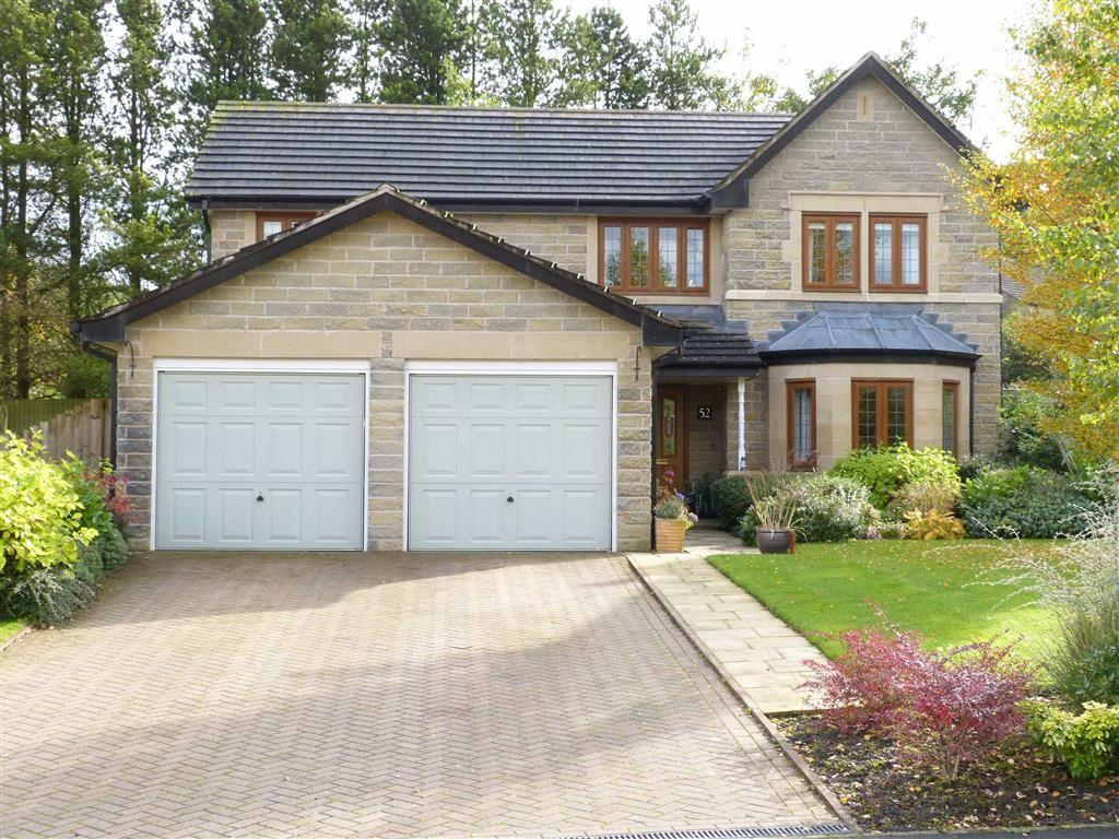 4 Bedrooms Detached House for sale in Scotty Brook Crescent, Glossop