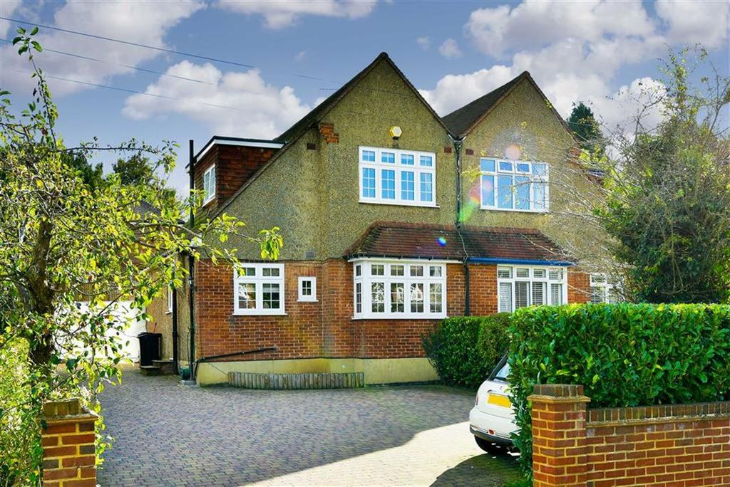 3 Bedrooms Semi Detached House for sale in Reigate Road, Epsom Downs, Surrey