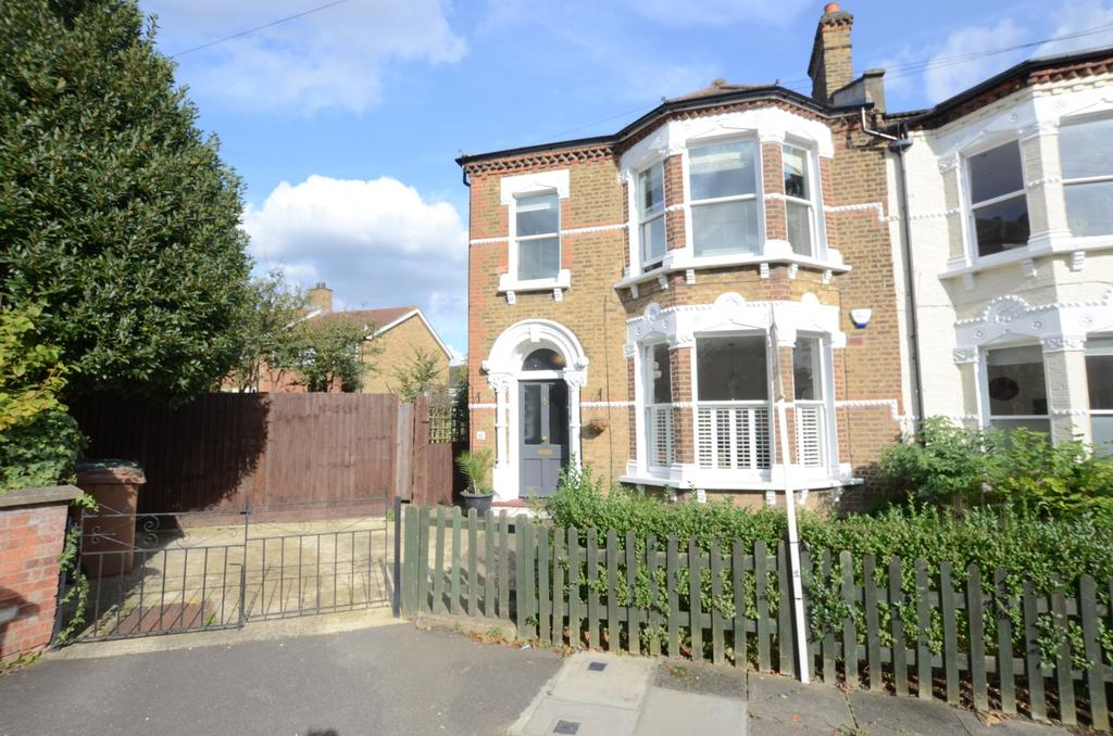 3 Bedrooms Flat for sale in Aylward Road London SE23
