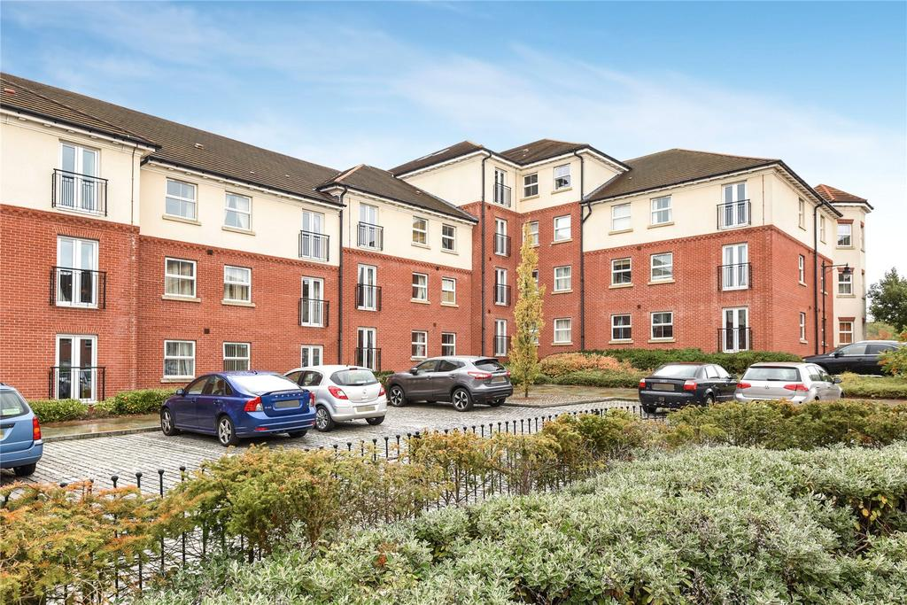 2 Bedrooms Flat for sale in Palatine House, Olsen Rise, LN2
