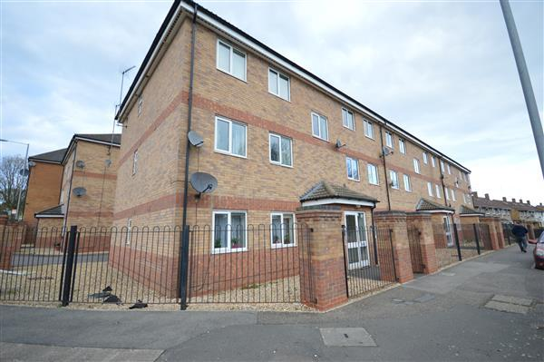 Pickering Court Corby 2 Bed Apartment For Sale 94 995