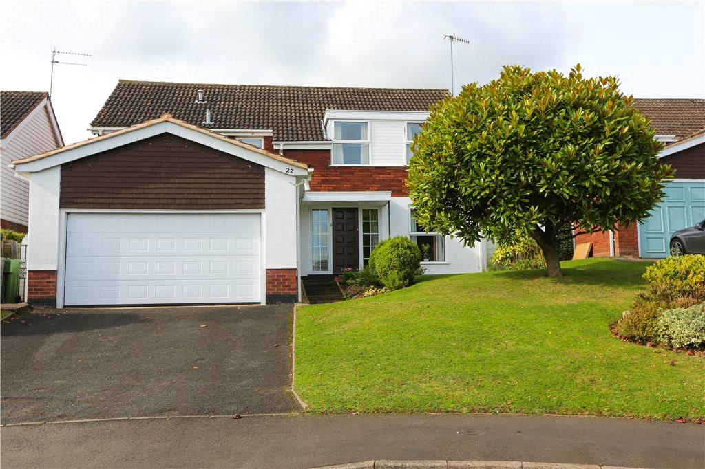 4 Bedrooms Detached House for sale in Ragley Crescent, Bromsgrove, B60