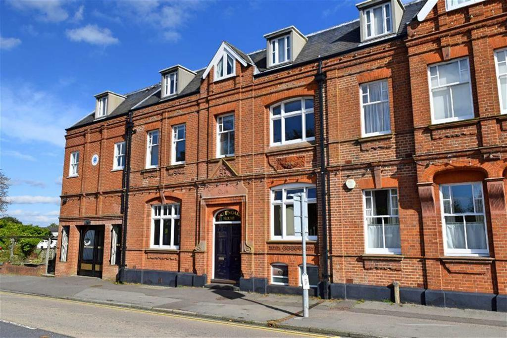 2 Bedrooms Flat for sale in Sevenoaks House, Sevenoaks, TN13