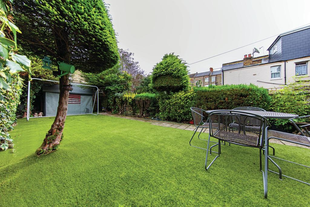 5 Bedrooms Terraced House for sale in Bolton Gardens, NW10