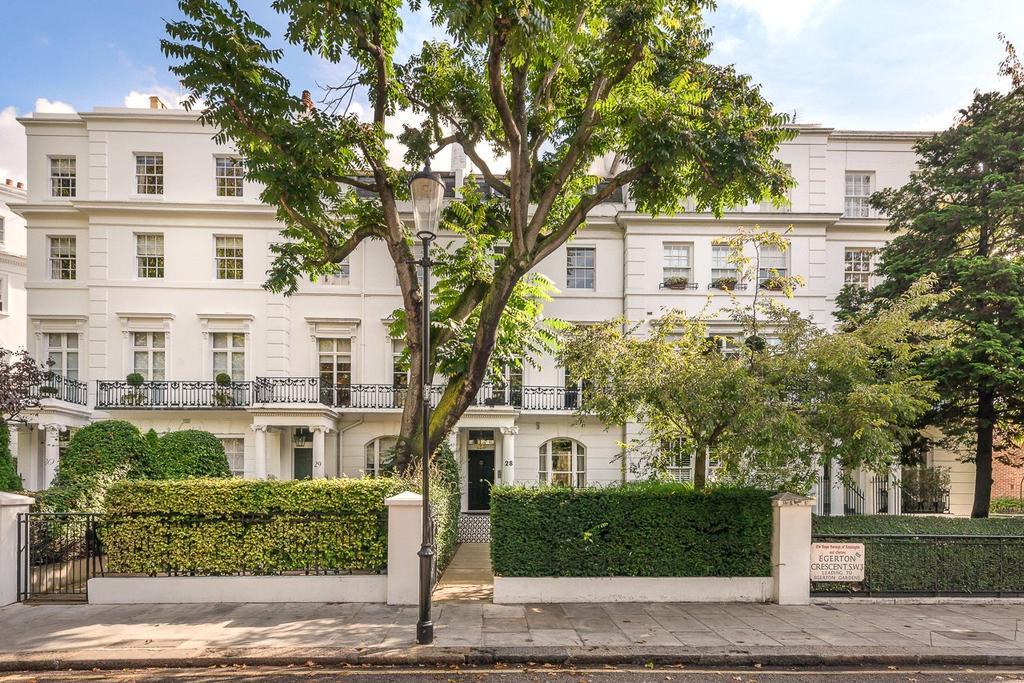 3 Bedrooms Terraced House for sale in Egerton Crescent, Knightsbridge, London, SW3