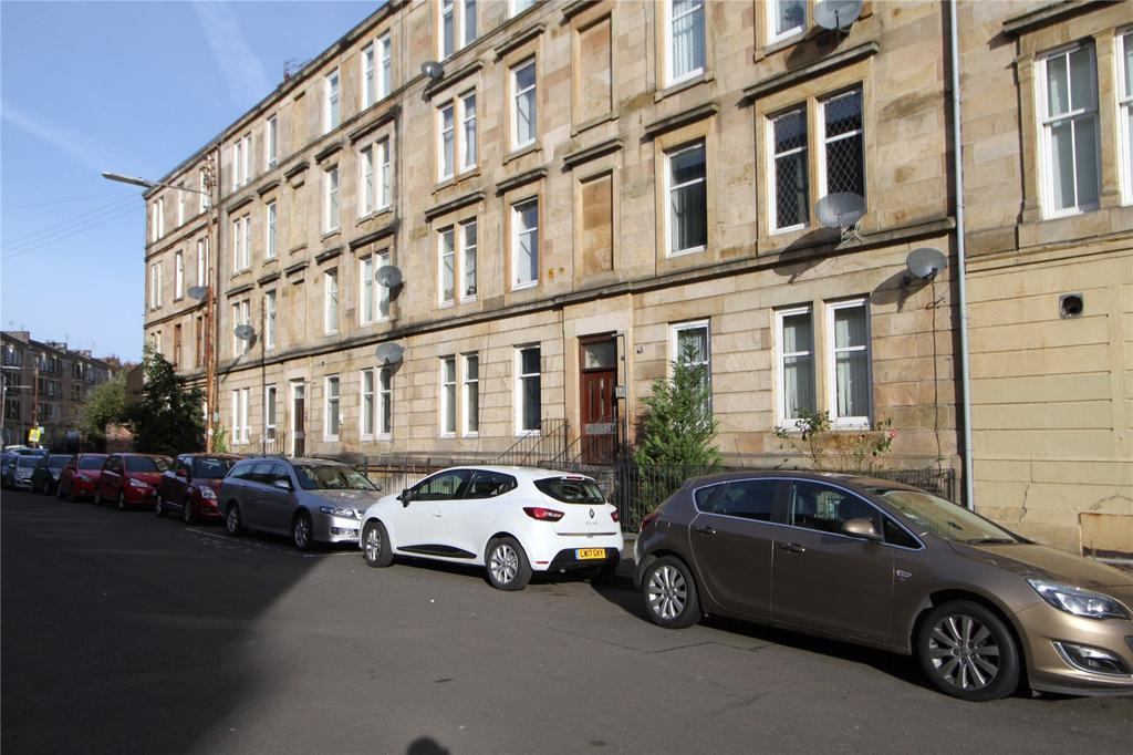 2 Bedrooms Apartment Flat for sale in 2/2, Prince Edward Street, Queens Park, Glasgow