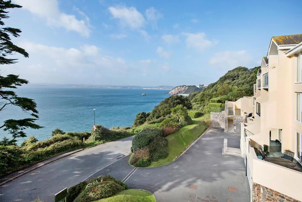 3 Bedrooms Penthouse Flat for sale in Ilsham Marine Drive, Torquay