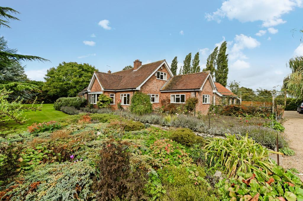 6 Bedrooms Detached House for sale in Saxtead, Nr Framlingham, Suffolk