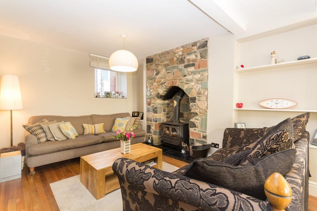 3 Bedrooms Cottage House for sale in Rosside Cottages, Rosside, Ulverston