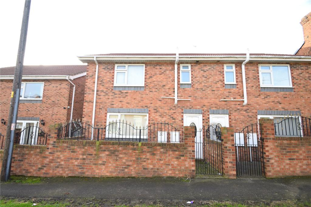 3 Bedrooms Semi Detached House for sale in Henry Street, Murton, Seaham, Co.Durham, SR7