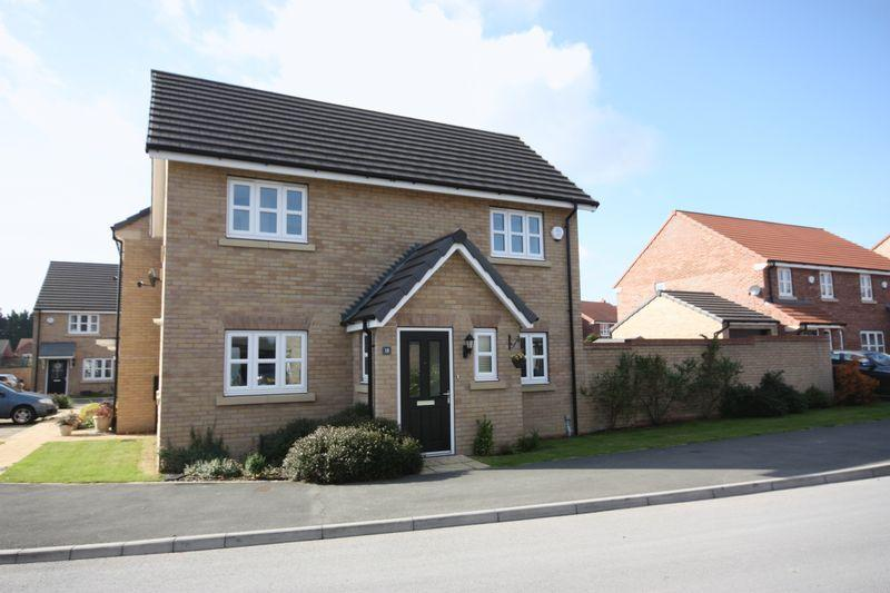 3 Bedrooms Detached House for sale in Amos Drive, Pocklington