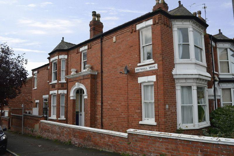 3 Bedrooms End Of Terrace House for sale in West Parade, Lincoln