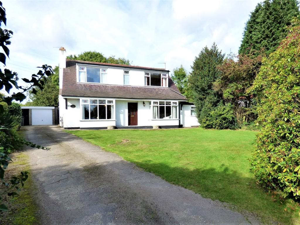 3 Bedrooms Detached House for sale in Burton Road, Alrewas, Staffordshire