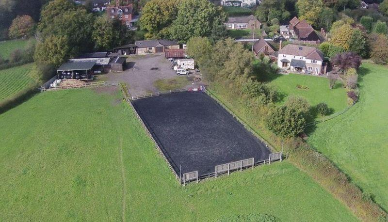 4 Bedrooms Equestrian Facility Character Property for sale in Vicarage Lane, Dorking