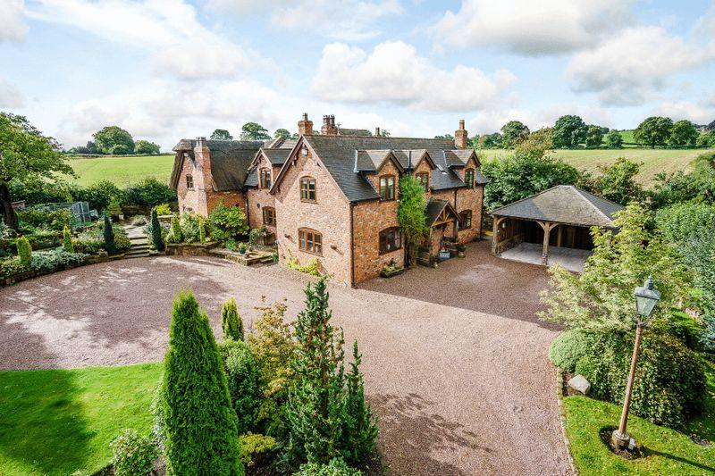 4 Bedrooms Detached House for sale in Rushton, Tarporley
