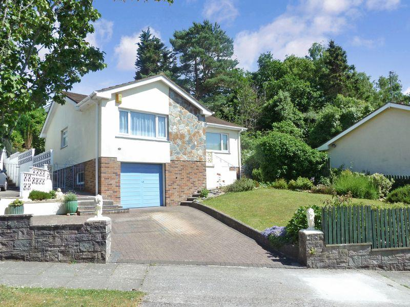 2 Bedrooms Bungalow for sale in Newton Abbot