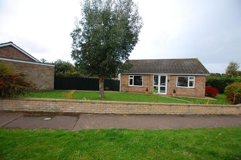 2 Bedrooms Detached Bungalow for sale in Burnt Hills, Cromer