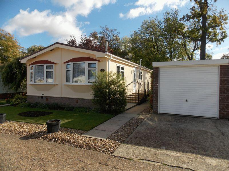 2 Bedrooms Park Home Mobile Home for sale in Drovers Rise, Stanton