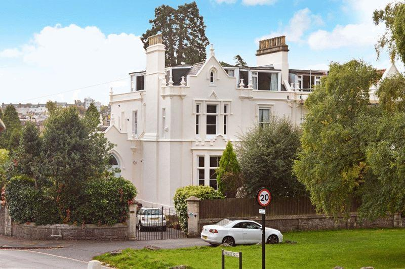 3 Bedrooms Apartment Flat for sale in Clifton Down, Clifton