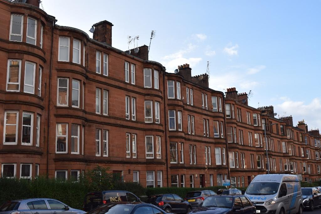 2 Bedrooms Flat for sale in Minard Road, Flat 3/1, Shawlands, Glasgow, G41 2HP