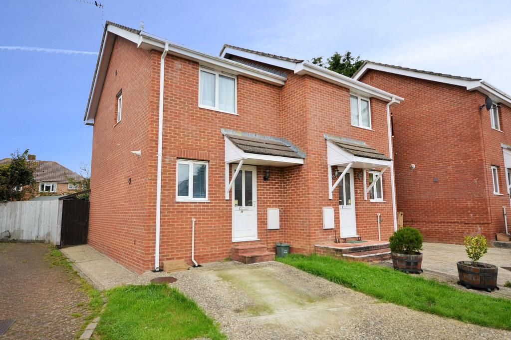 2 Bedrooms Semi Detached House for sale in Millennium Way, Sandown