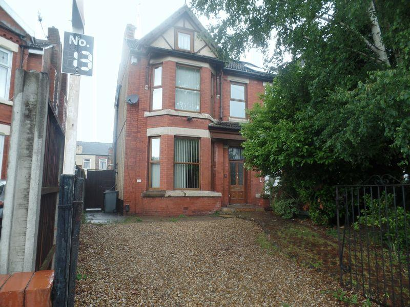 4 Bedrooms Semi Detached House for sale in 13 13a Serpentine Road, Wallasey