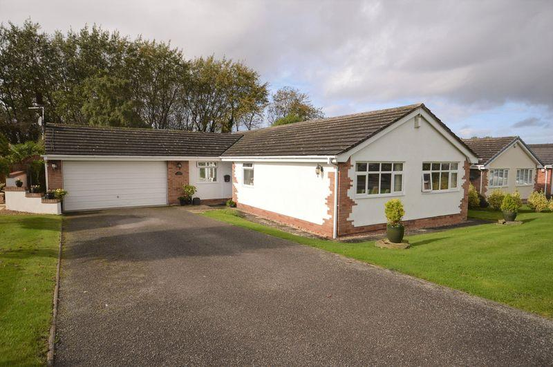 3 Bedrooms Detached Bungalow for sale in Melloncroft Drive, Caldy