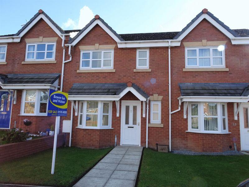 3 Bedrooms Town House for sale in Gorse Close, Wrexham