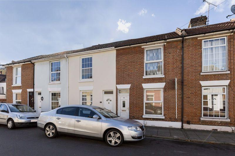 2 Bedrooms Terraced House for sale in Worsley Street, Southsea