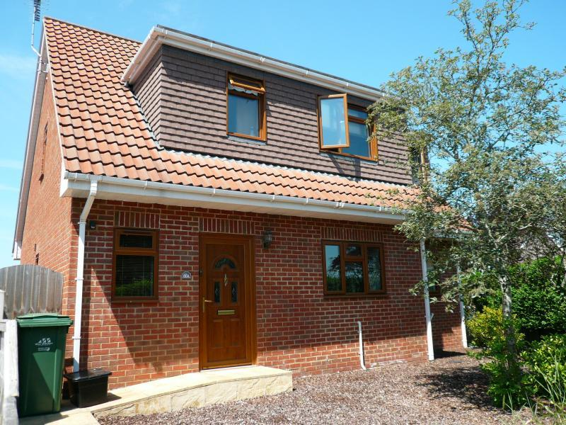 4 Bedrooms House for sale in Highbury Park, WARMINSTER, BA12
