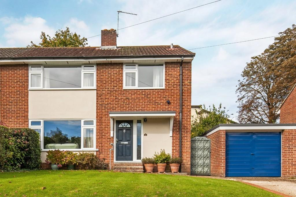 4 Bedrooms Semi Detached House for sale in Teg Down Meads, Teg Down, Winchester, SO22