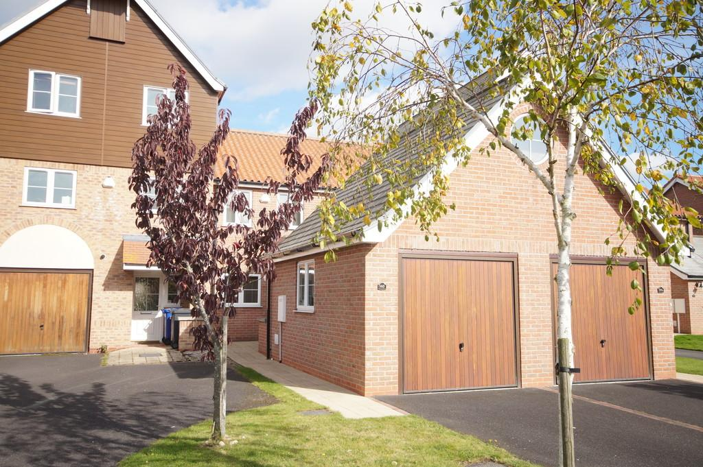 2 Bedrooms Town House for sale in Park Lane, Burton Waters, Lincoln