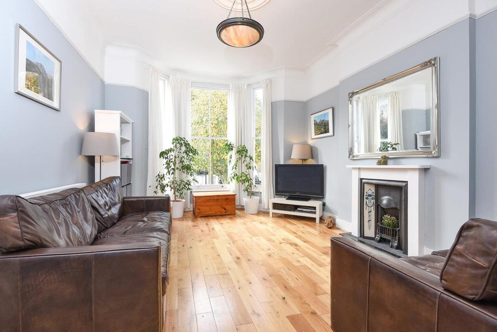 2 Bedrooms Flat for sale in Brussels Road, Battersea