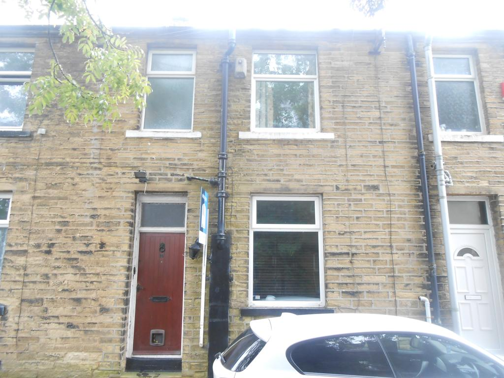 1 Bedroom Terraced House for sale in Granville Place, Allerton, Bradford BD15
