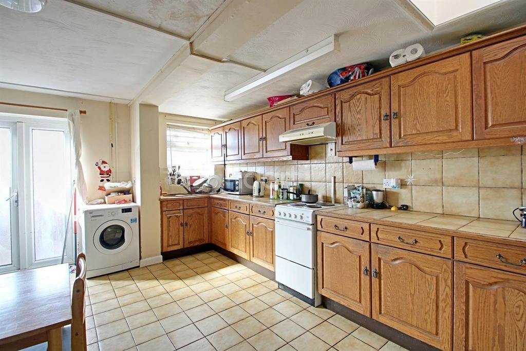 3 Bedrooms Terraced House for sale in Mountpleasant Road, Wisbech