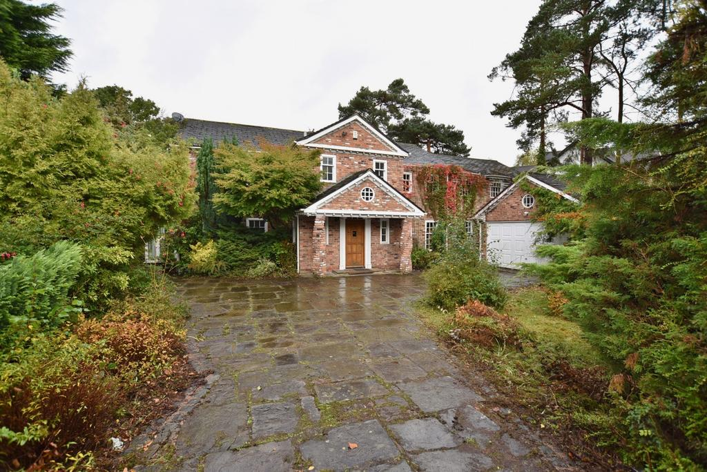 7 Bedrooms Detached House for sale in Carrwood, Hale Barns
