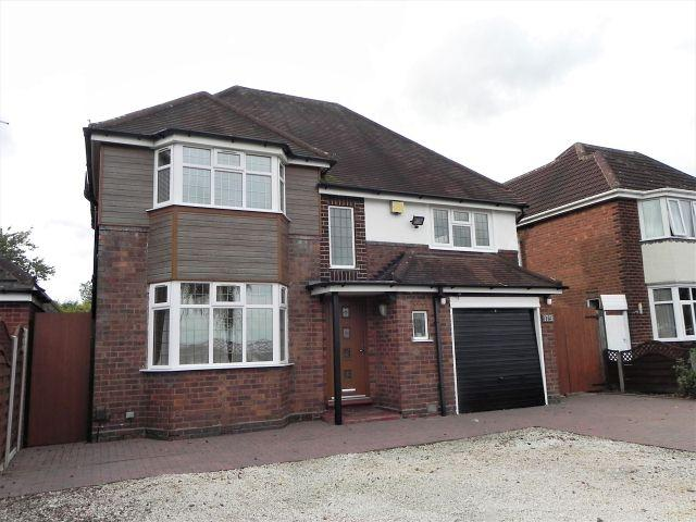 4 Bedrooms Detached House for sale in Whitehouse Common Road,Sutton Coldfield,