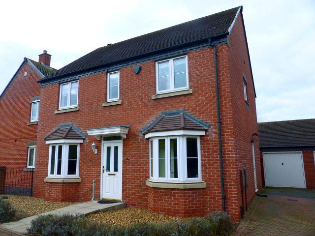 4 Bedrooms Detached House for sale in Armada Close,Lichfield,Staffordshire