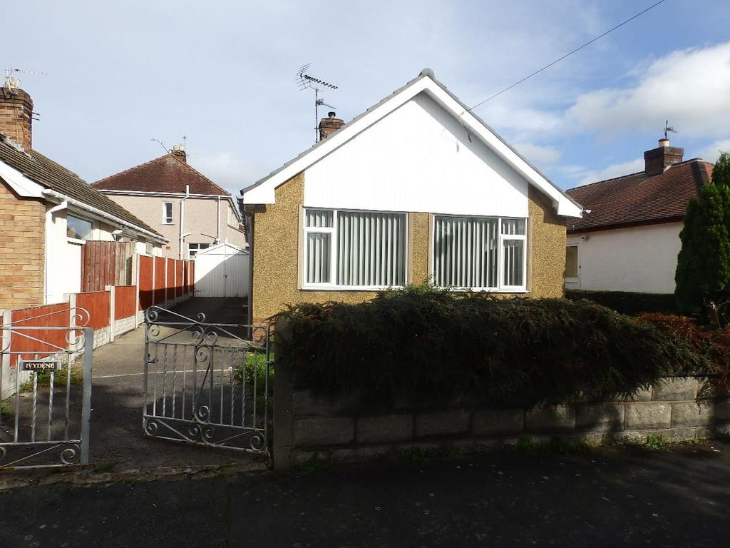 2 Bedrooms Detached Bungalow for sale in Ffordd Dewi, Rhuddlan