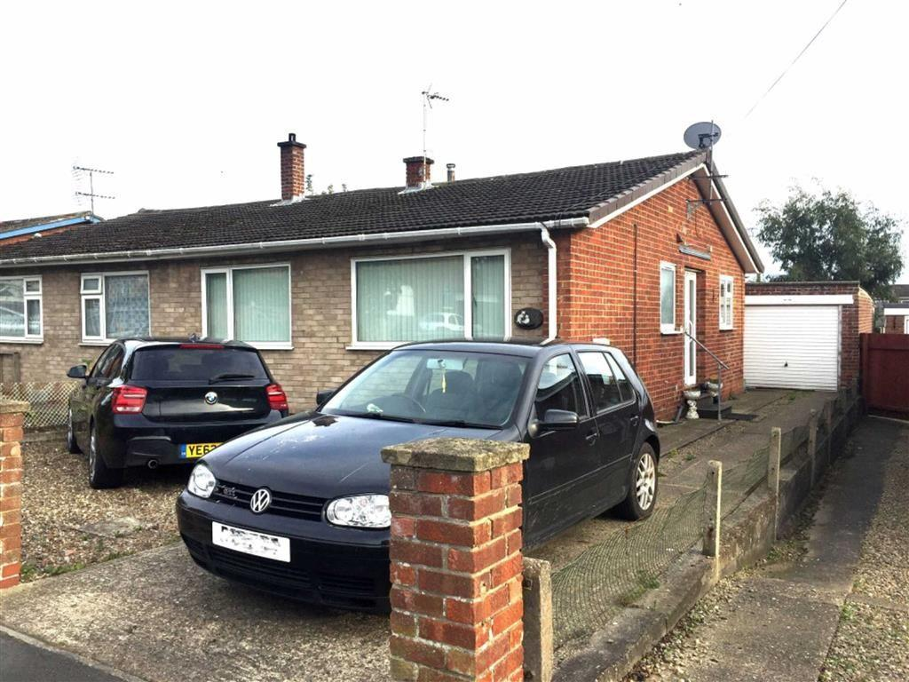 3 Bedrooms Semi Detached Bungalow for sale in Highfield Avenue, Driffield, East Yorkshire
