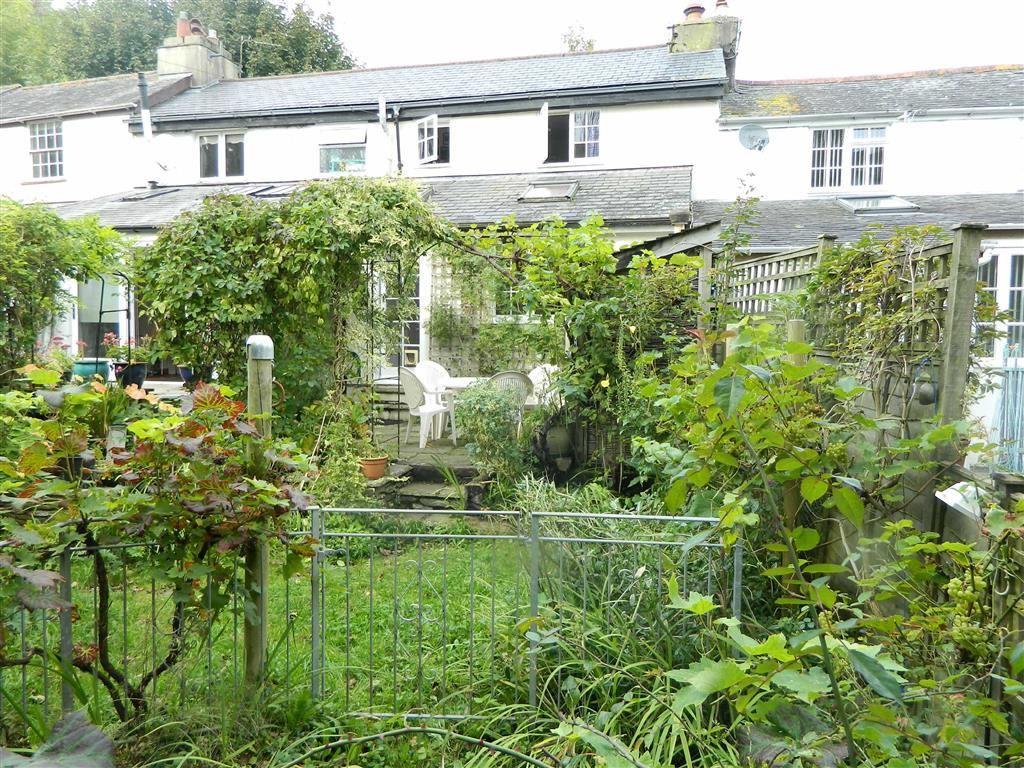 1 Bedroom Semi Detached House for sale in Moorashes, Totnes, Devon, TQ9