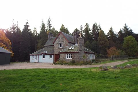 4 bedroom detached house to rent - Tanarside, Glen Tanar, AB34