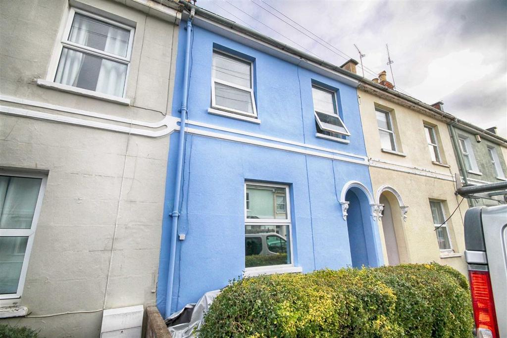 2 Bedrooms Terraced House for sale in Roman Road, Cheltenham, GL51
