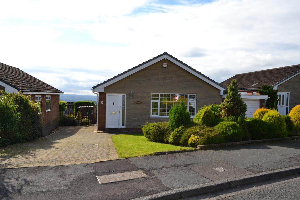 3 Bedrooms Detached Bungalow for sale in Laneside Avenue, Higham, Lancashire BB12