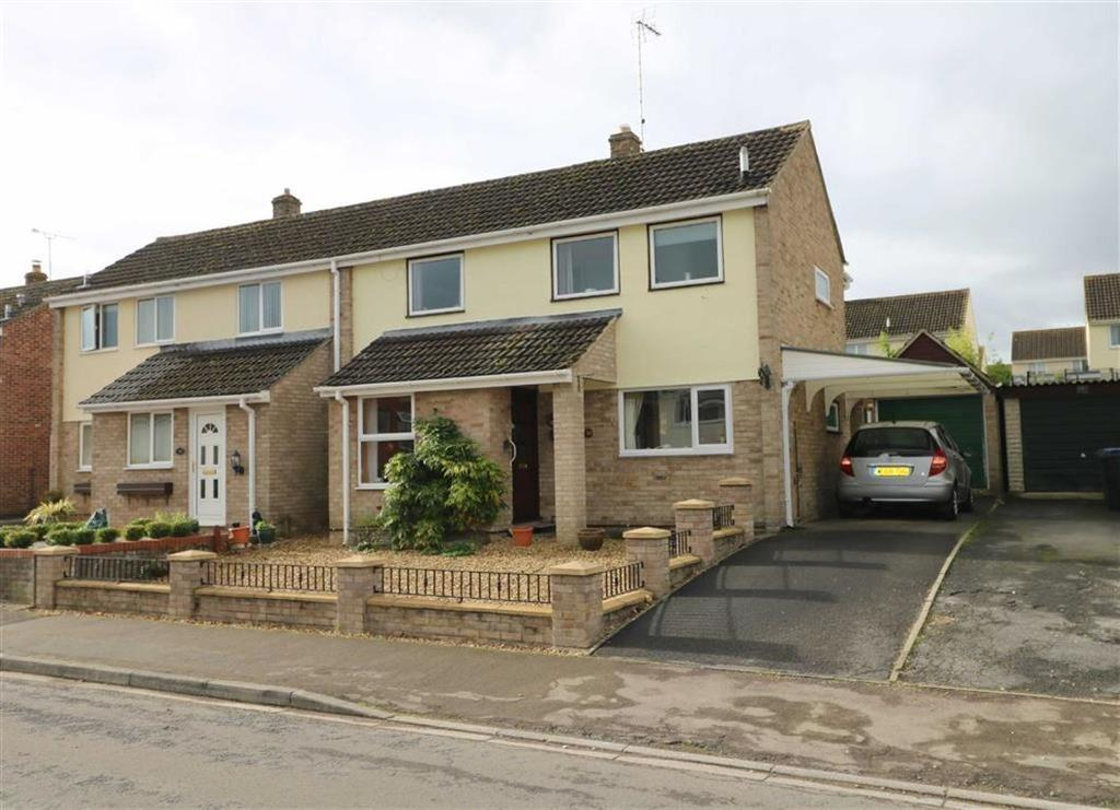 3 Bedrooms Semi Detached House for sale in 32, White Lion Park, Malmesbury, Wiltshire