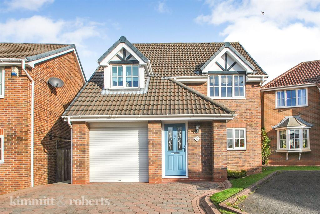 3 Bedrooms Detached House for sale in Dunholme Close, Houghton le Spring, Tyne and Wear, DH5