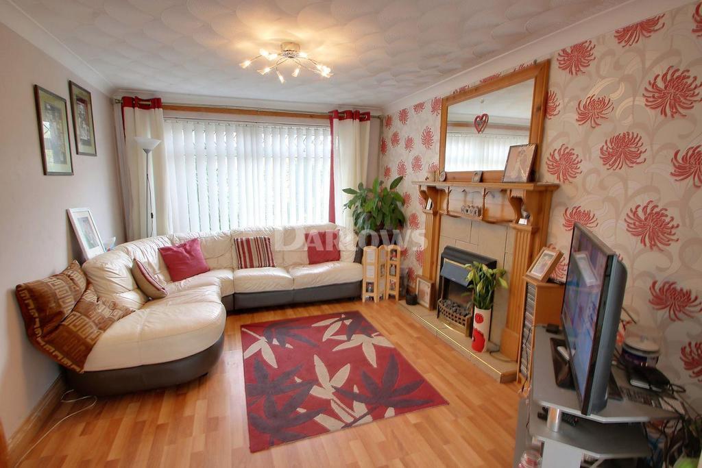 4 Bedrooms Semi Detached House for sale in Oakwood Avenue, Penylan, Cardiff
