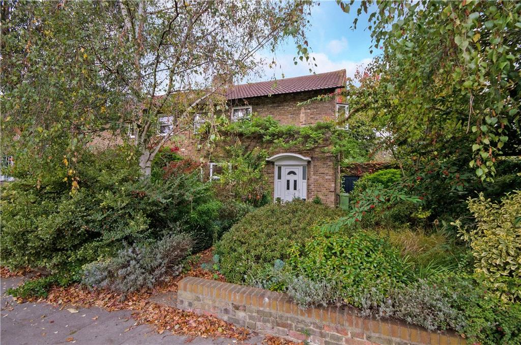 3 Bedrooms Semi Detached House for sale in Canonbury Park North, London, N1