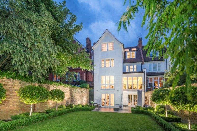 5 Bedrooms Semi Detached House for sale in Ferncroft Avenue, London, NW3