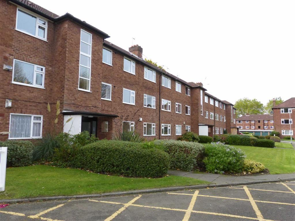 3 Bedrooms Flat for sale in Woodlawn Court, Whalley Range